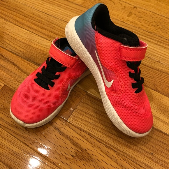 Nike Other - Nike size 9C sneakers
